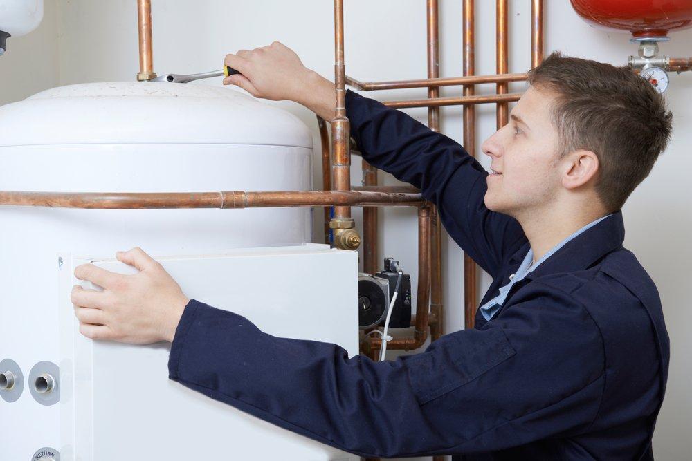 Comment régler les problèmes d'eau chaude ?